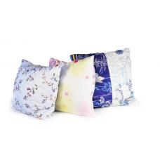 Подушка размером 60х60