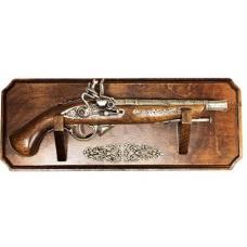 Трофей с пистолетом и серебряным напылением арт ARG-3